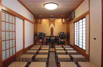 宝性寺越谷別院瑠璃光殿礼拝施設