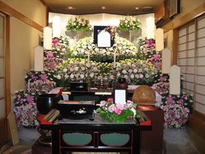 宝性寺越谷別院瑠璃光殿葬儀祭壇